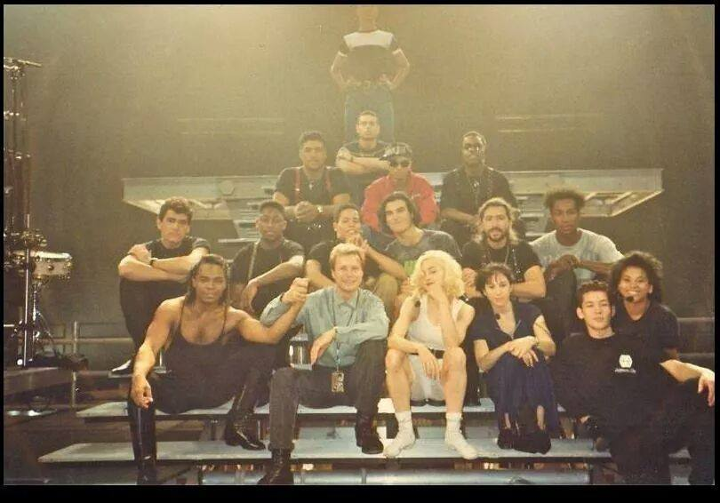 Group-photo-rehearsals-Blond-Ambition-Tour-strike-a-pose