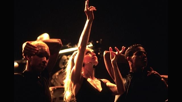 Oliver-Madonna-Gabriel-Vogue-strike-a-pose
