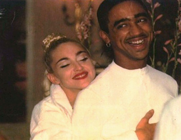 madonna-and- jose-strike-a-pose
