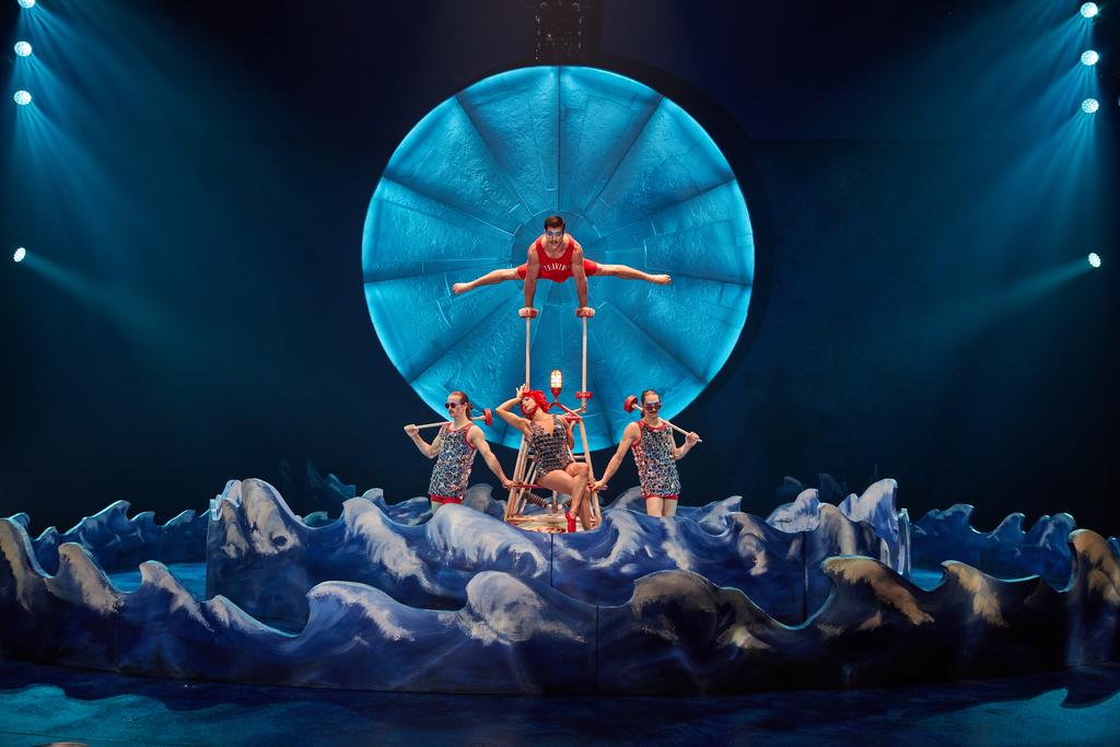 luzia-cirque-du-soleil-atlanta-2017-26119_02_Canes
