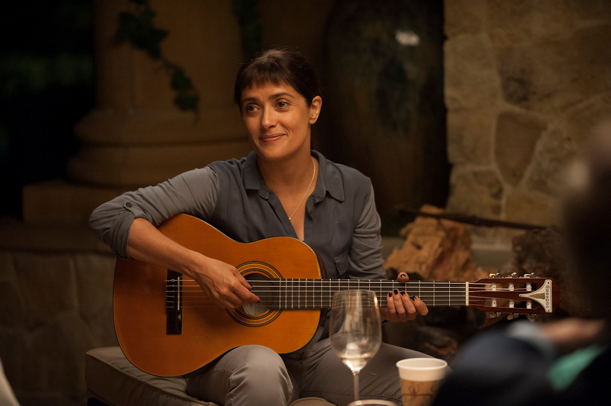salma-hayek-playing-guitar-beatriz-at-dinner
