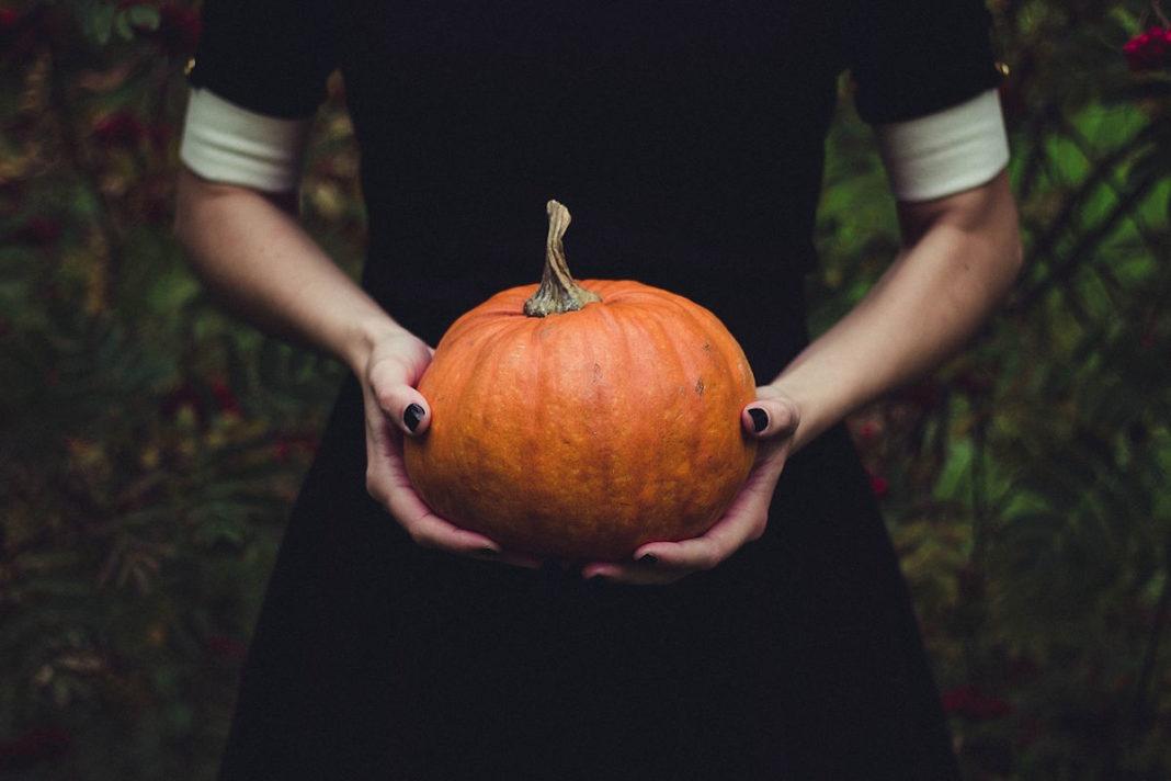 trending-halloween-ideas-scary-movies-atlanta-latinos-magazine