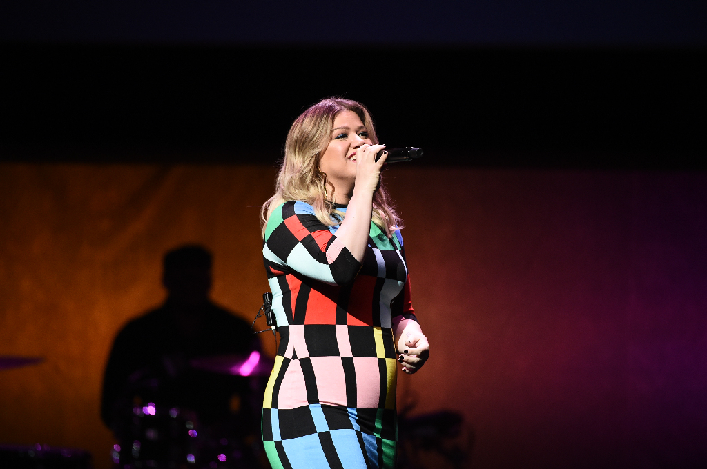 cinemacon-2019-kelly-clarkson