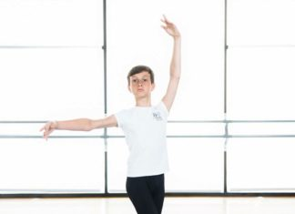 Alexei-Bauereis-dance-pose-things-we-wish-to-say-book