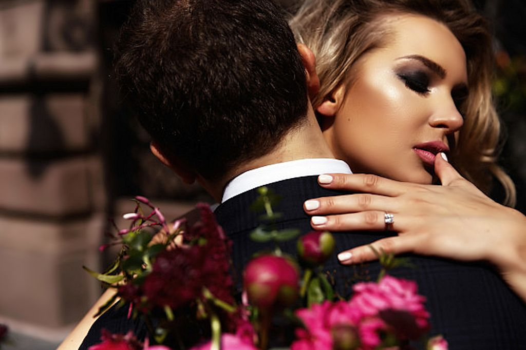 Best Perfumes Men Love On Women. Top Favorite Sexiest Perfumes For Women