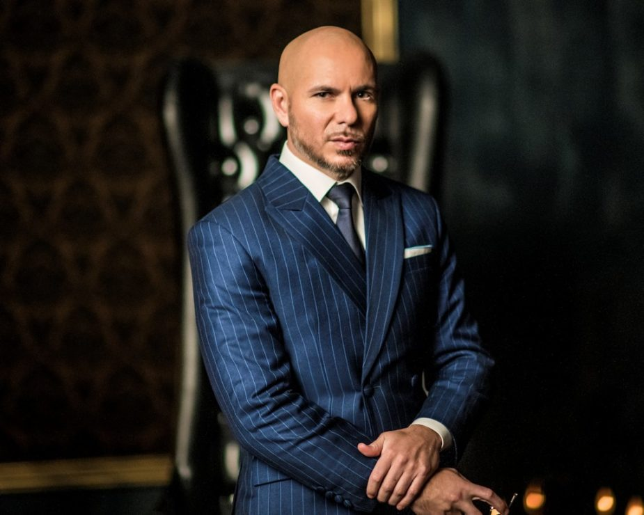 Pitbull_PLN-HOST_Photo-credit-Felipe-Cuevas
