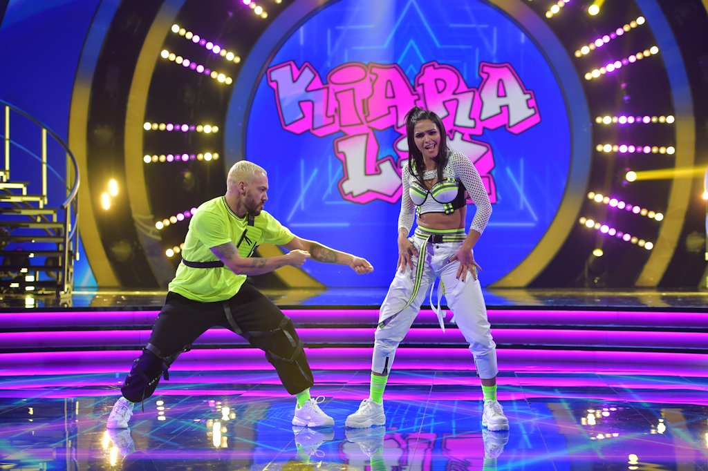 kiara-mira-quien-baila-all-stars-amenasada