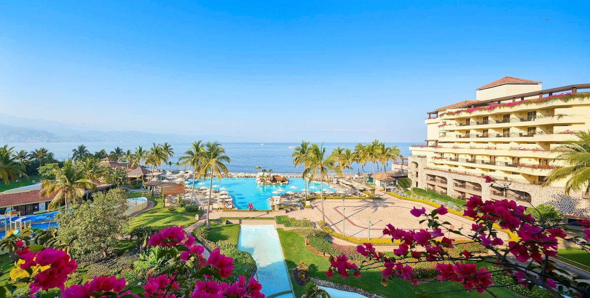 mariott-puerto-vallarta-resort-and-spa-panoramic-view