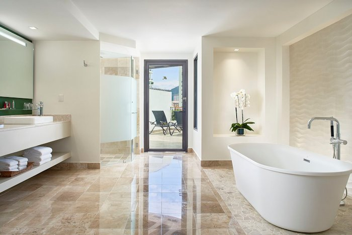 mariott-puerto-vallarta-resort-bathroom