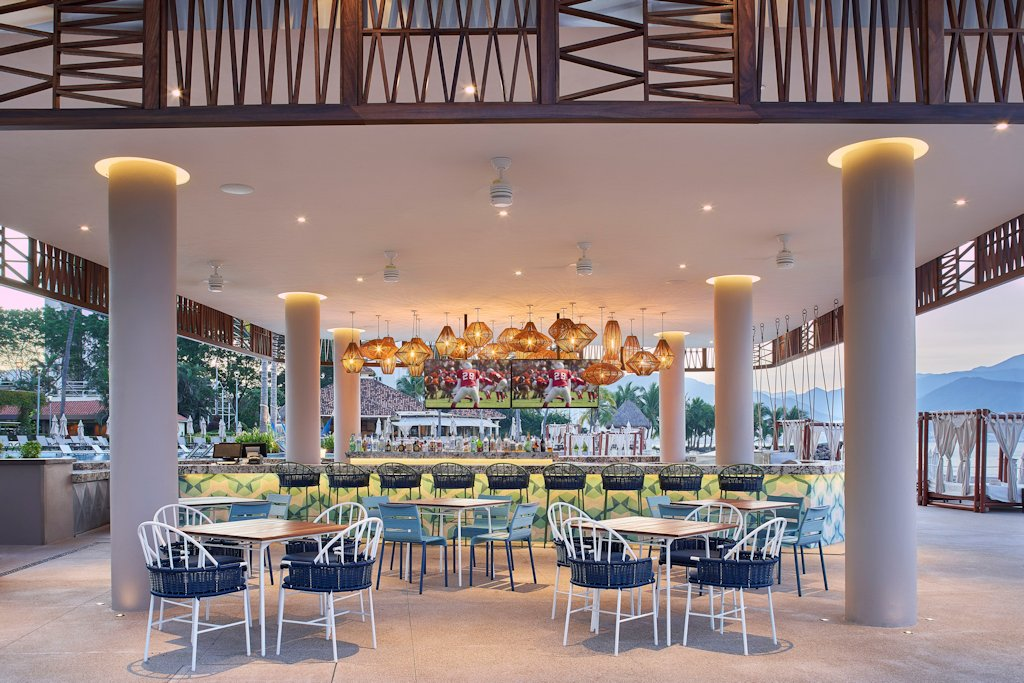 mariott-puerto-vallarta-resort-nosh-tables
