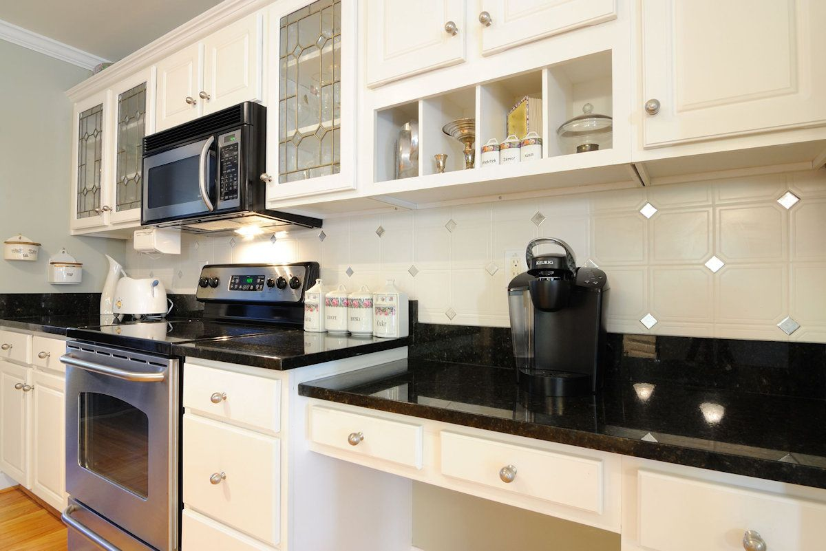 Countertops-Granite-Installers