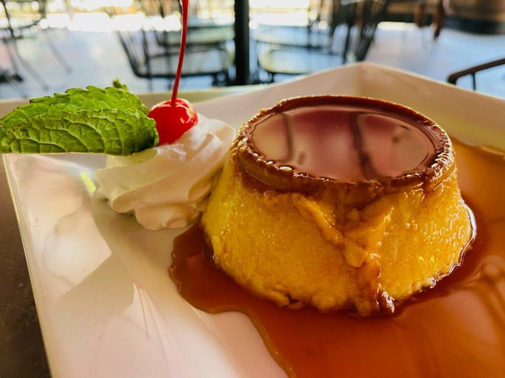 Adobo-Restaurante-Flan-Cheesecake
