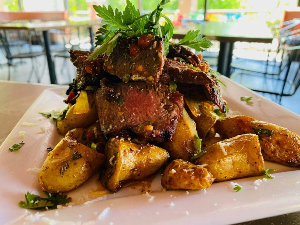 Adobo-Restaurante-Pinchos-de-Res-Asada