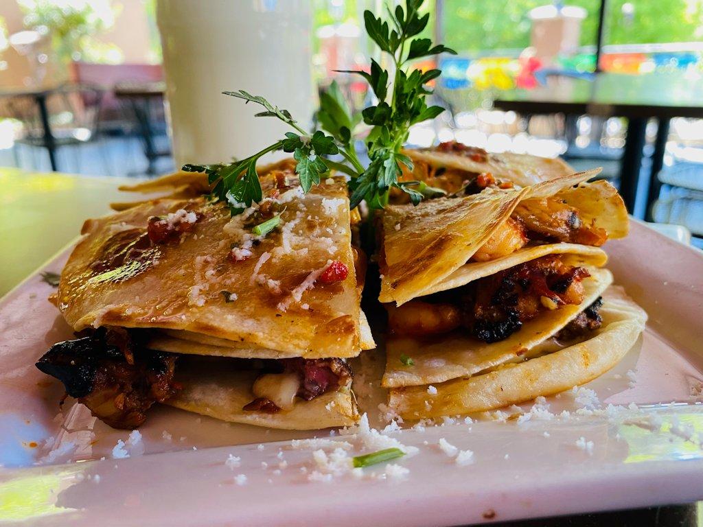 Adobo-Restaurante-Triple-Quesadilla