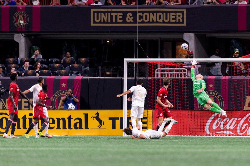 Atlanta-United-vs-toronto-Mercedes-Benz-stadium-sandy-mcafee-atlutd